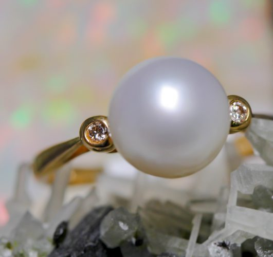 freshwater pearl ring by Parlé Jewelry Designs